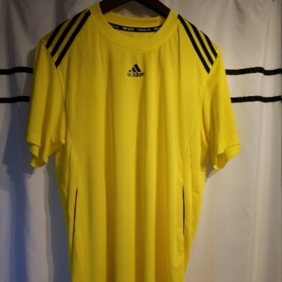 cda0d567b1535 Classic Adidas Lightweight S/S Sports T-Shirt (M